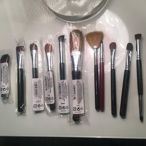 11 Bare Minerals Eye and Cheek Brushes